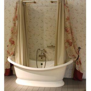Vonios užuolaida su dekoro audiniu