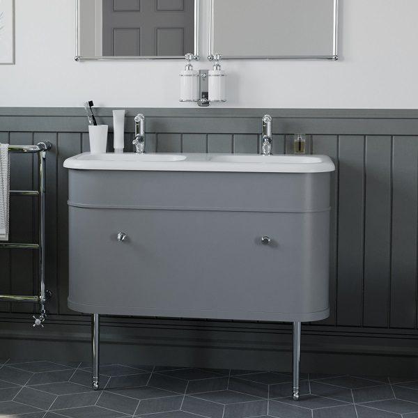 Dviguba vonios spintelė Chalfont 100cm